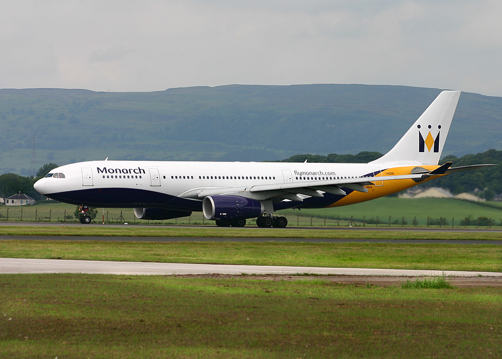 https://i1.wp.com/upload.wikimedia.org/wikipedia/commons/9/90/Airbus_A330-200_Monarch_Airlines_GLA.jpg