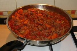 Préparation de la sauce bolognaise