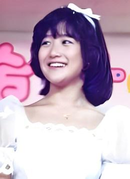 出典:Wikipedia 「岡田有希子」