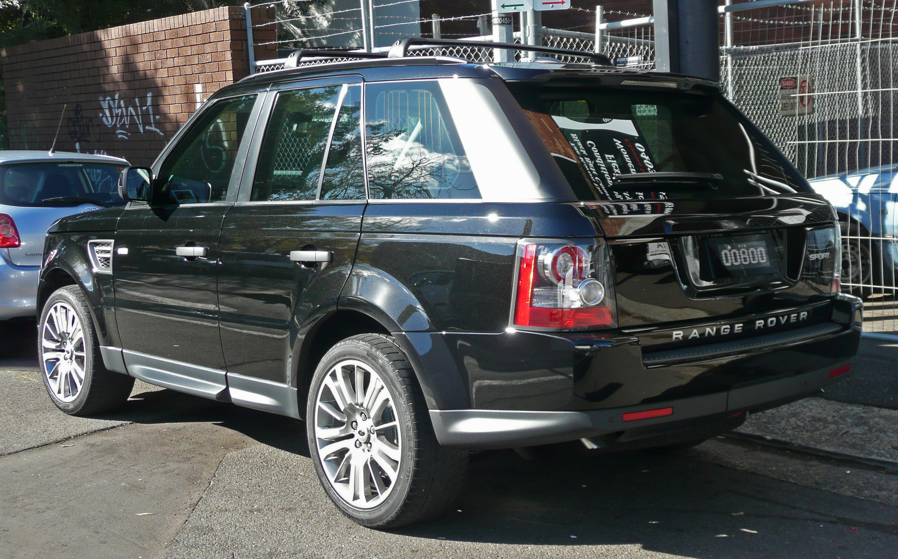 File 2009 2010 Land Rover Range Rover Sport wagon 2010 05 22