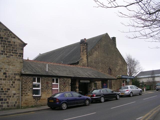 File:Baildon Methodist Church - Newton Way - geograph.org.uk