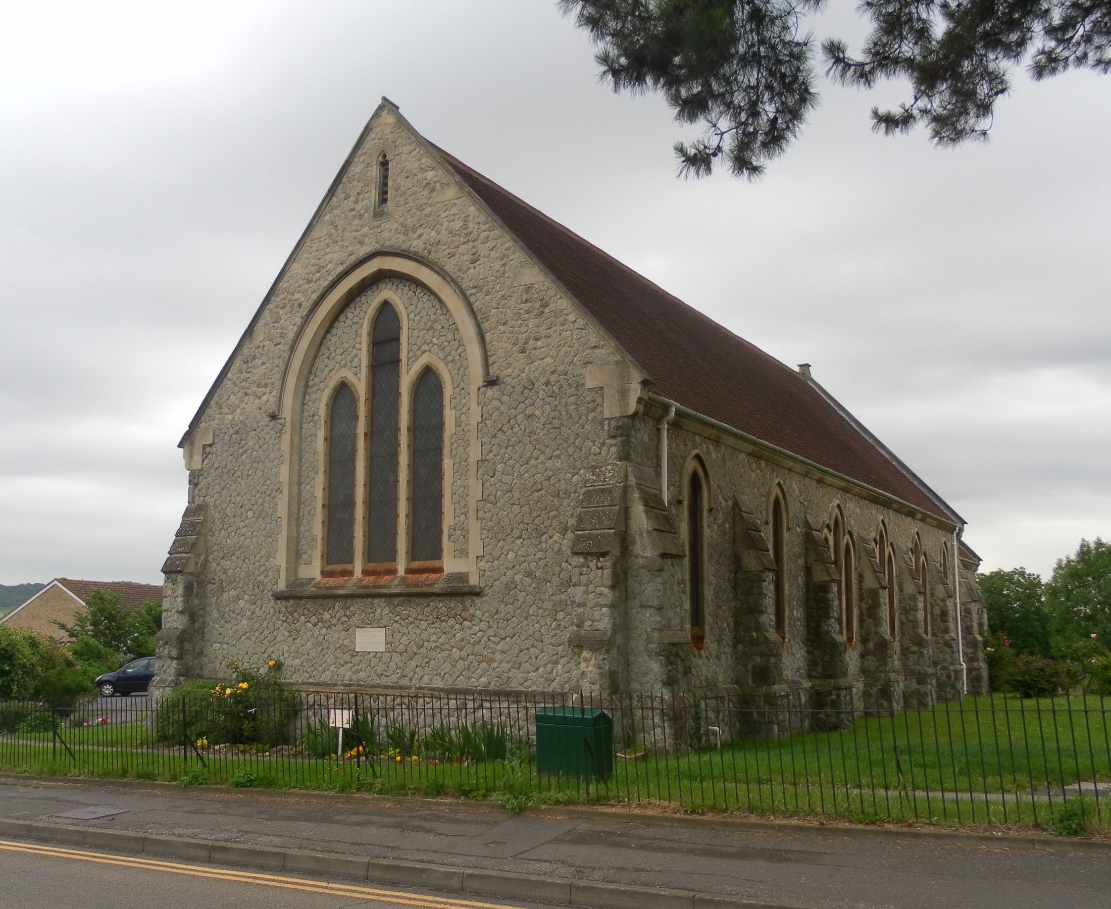File:Christ Church, Snodland.JPG - Wikimedia Commons