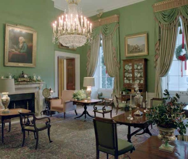 The Green Room Taken December  Reagan Administration Note The Christmas Decorations Public Domain