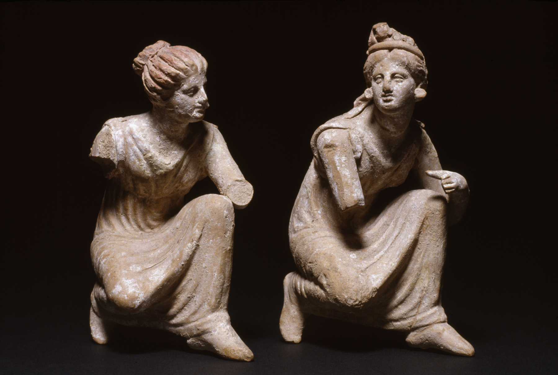 Greek - Crouching Women Playing Knucklebones - Walters 48303, 48304 - Group.jpg