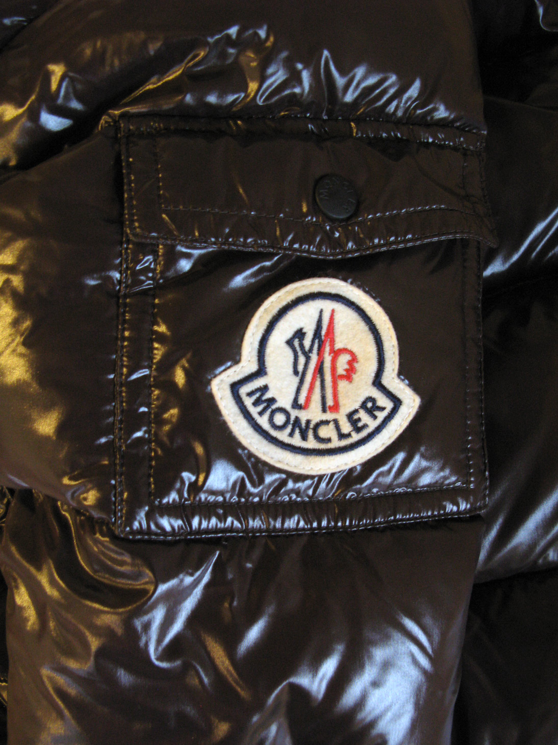 Moncler Wikipdia