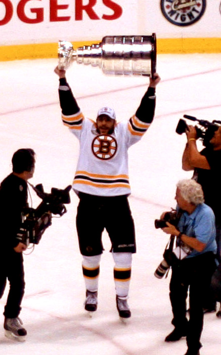 Milan Lucic Stanley Cup celebration.jpg