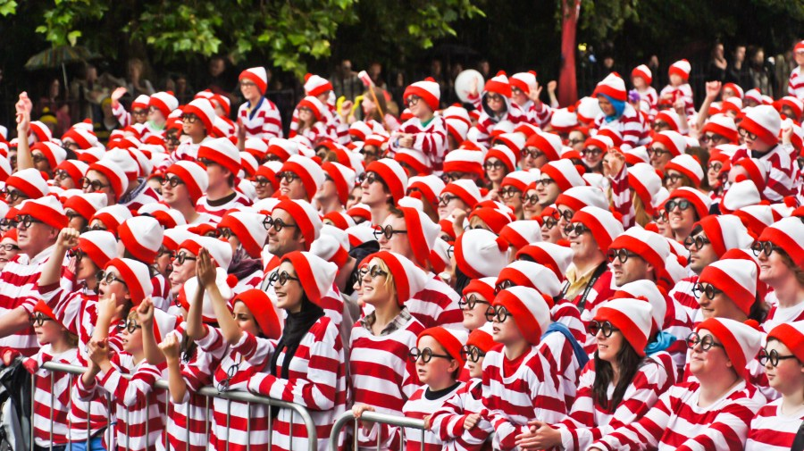 Where s Wally    Wikipedia Attendees at the 2011 Where s Wally  World Record event in Dublin  Ireland