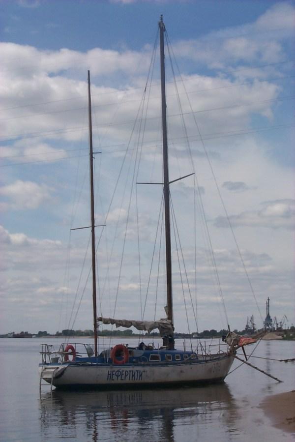 Нефертити яхта Википедия