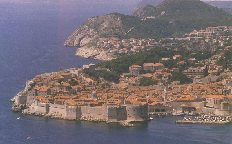 Berkas:Dubrovnik-L04-1.jpg