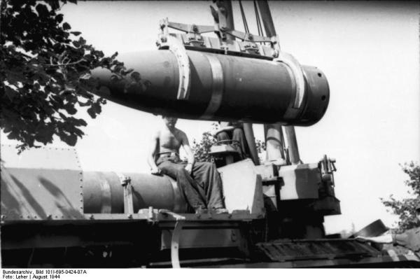 File:Bundesarchiv Bild 101I-695-0424-07A, Warschauer ...