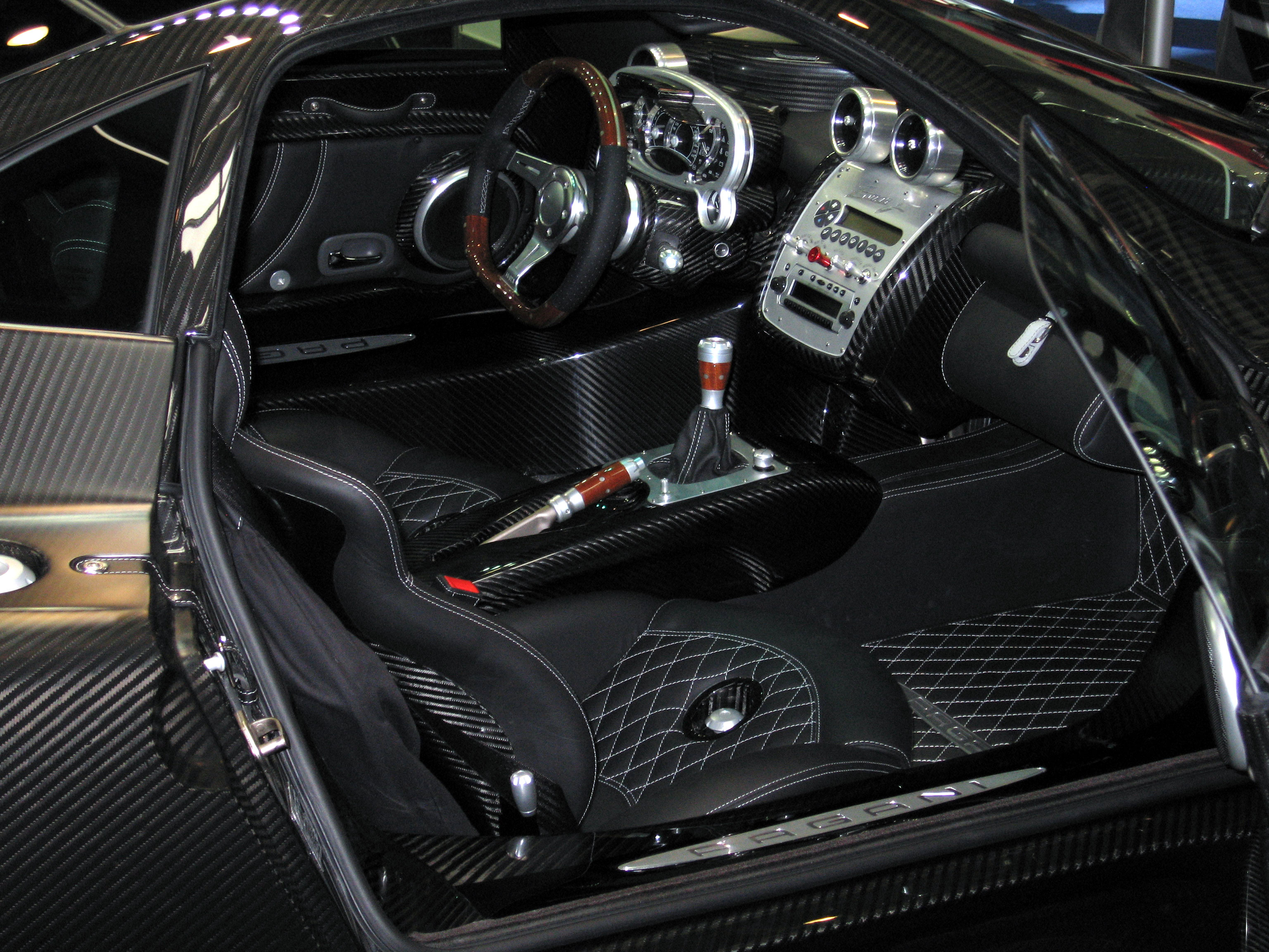 FilePagani Zonda F Interiorjpg Wikimedia Commons