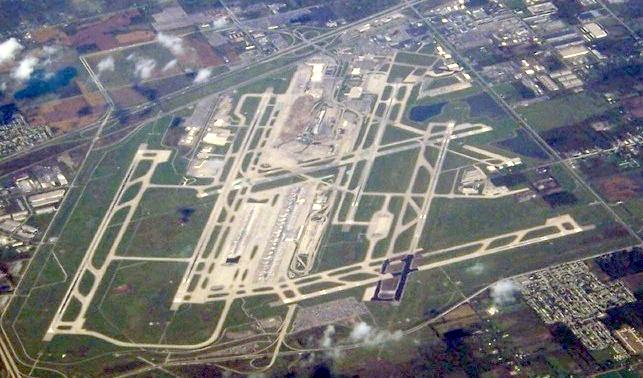 FileDetroit Metropolitan Wayne County Airportjpg Wikipedia