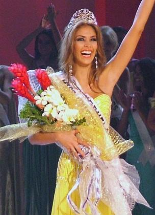 File:Miss Universe 2008, Dayana Mendoza2.jpg