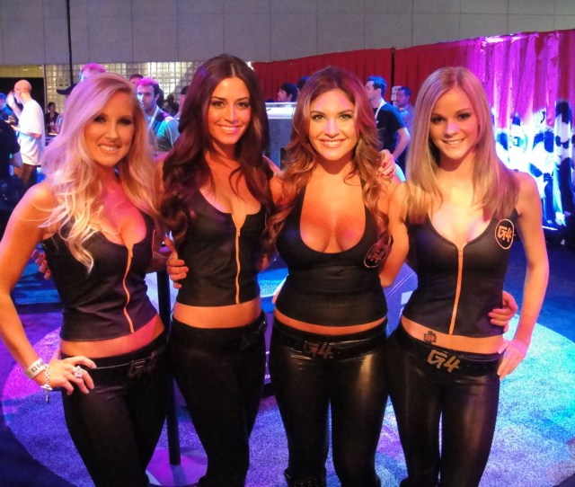 Filee3 2010 G4 Booth Babes Jpg