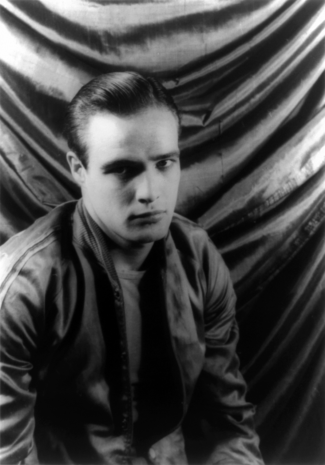 Marlon Brando 1948.jpg