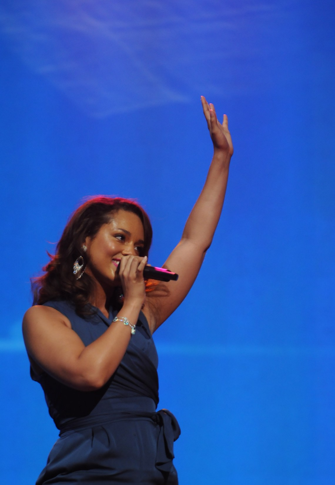 Alicia Keys live Walmart 9 Free Live Wallpapers For Iphone