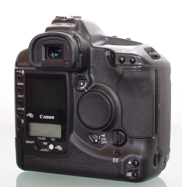 File:Canon EOS-1Ds 04.jpg - Wikimedia Commons