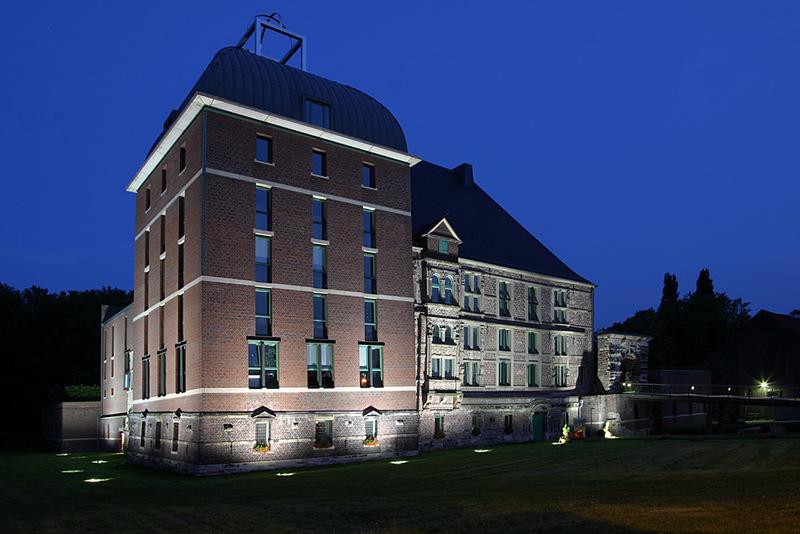 Ficheiro:Gelsenkirchen Schloss Horst.jpg