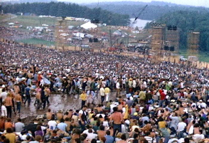 File:Woodstock redmond stage.JPG