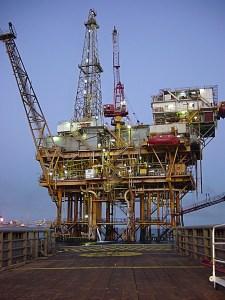 Plataforma Petrolífera, Wikipedia Creative Commons