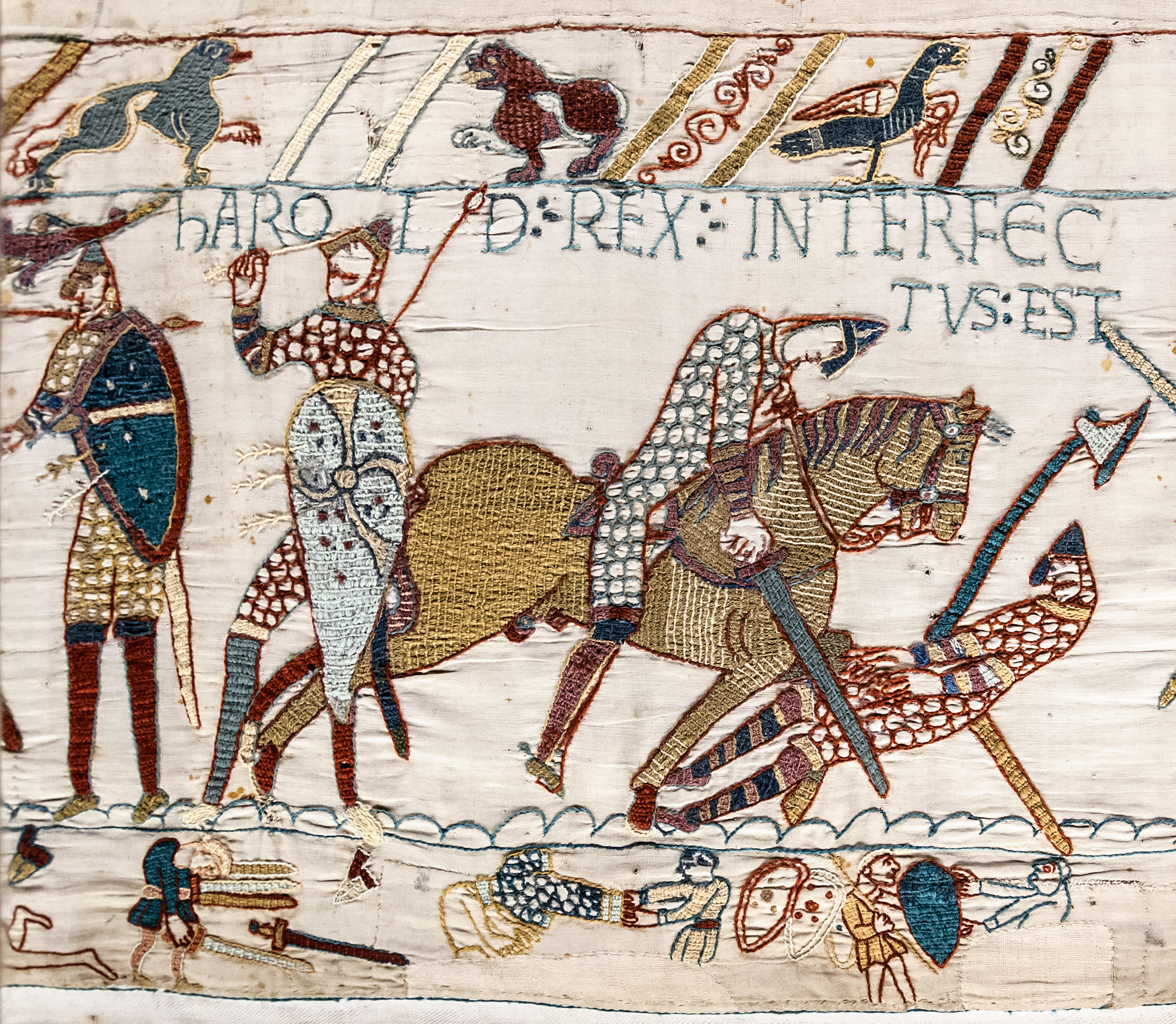Ahab wasn't the only one to die by a random arrow: the English lost the Battle of Hastings in 1066 when their king, Harold II was the victim of a random arrow. Showing someone as having died with a weapon through the eye was an indignity reserved for liars in the medieval times.