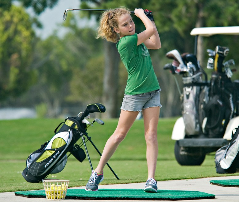 https://i1.wp.com/upload.wikimedia.org/wikipedia/commons/b/bc/Annual_Junior_Golf_Clinic_120613-F-ST721-276.jpg?resize=779%2C659&ssl=1