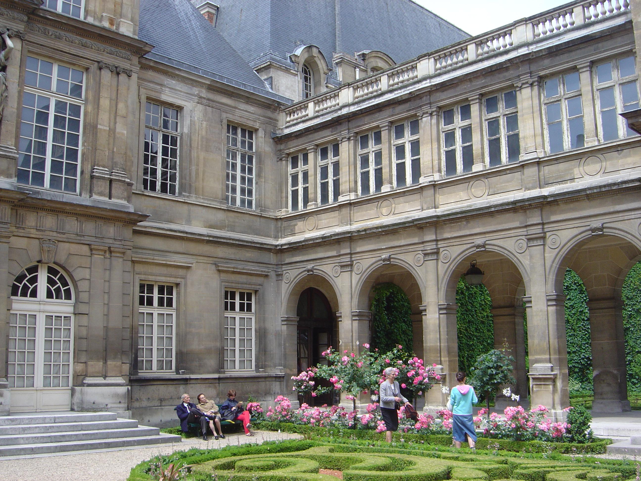 Carnavalet's central garden