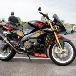 File Aprilia Tuono 1000r Black Jpg Wikimedia Commons