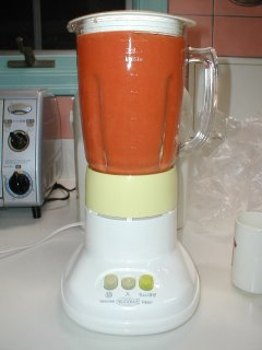 Making carrot juice with my blender.