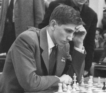 https://i1.wp.com/upload.wikimedia.org/wikipedia/commons/b/bf/Bobby_Fischer_1960_in_Leipzig.jpg