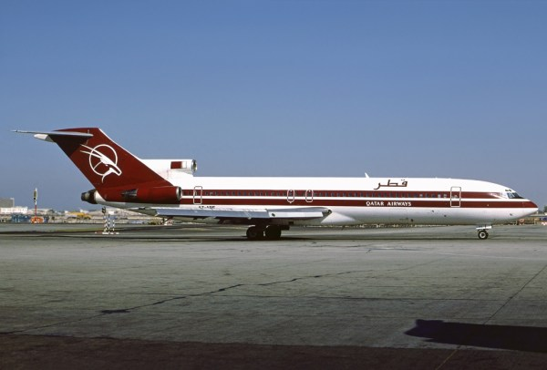 File:Boeing 727-294-Adv, Qatar Airways AN2239478.jpg ...
