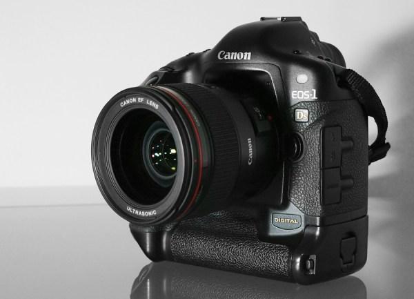 Canon EOS-1Ds - Wikipedia