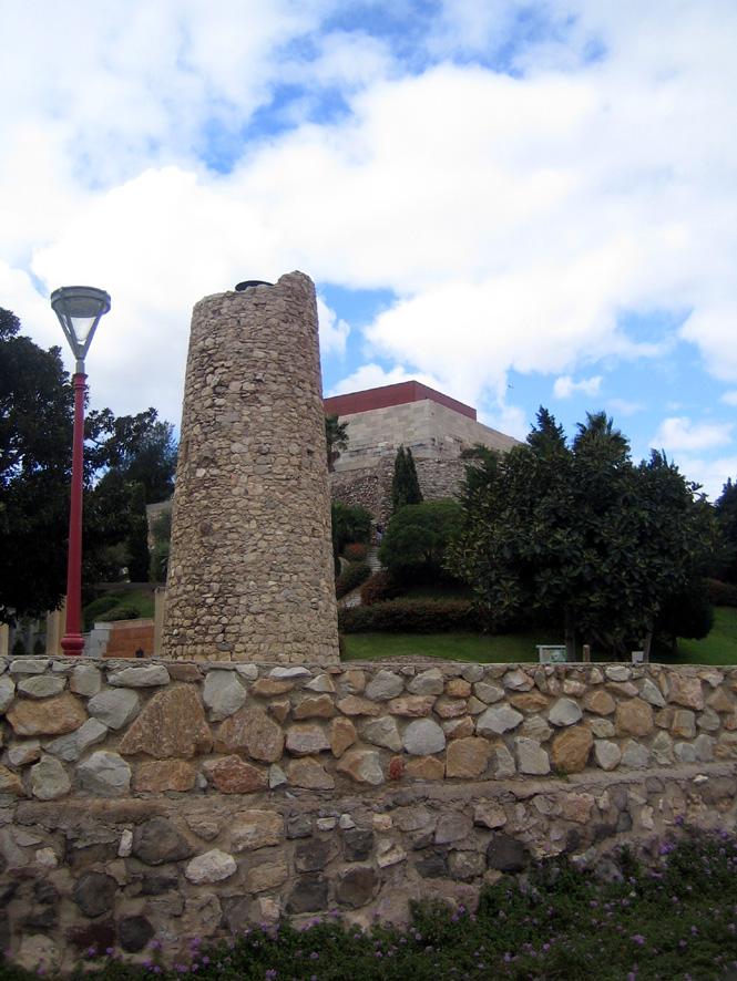 Ruines du chateau arabe de Qartajannat al-Halfa