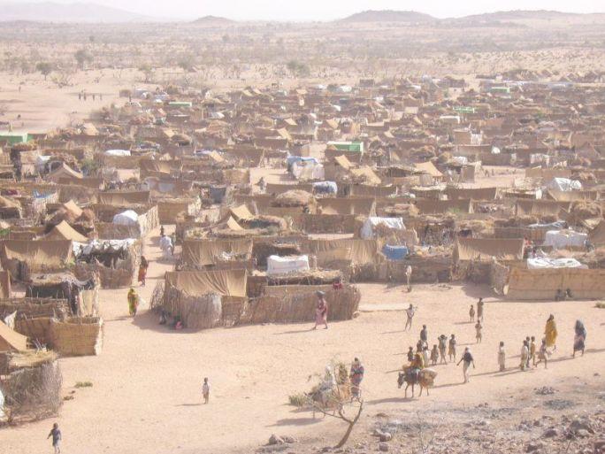 File:Darfur refugee camp in Chad.jpg