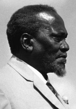 Deutsch: Jomo Kenyatta, Präsident von Kenia.