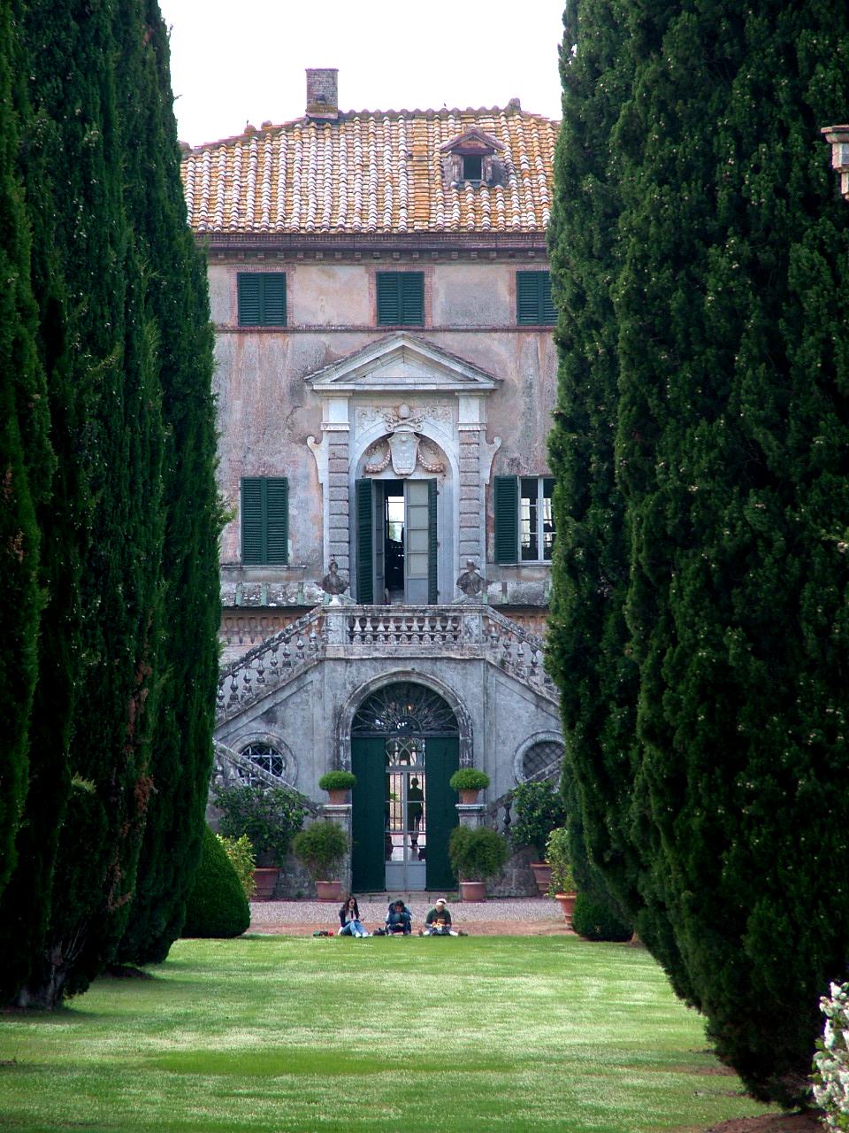 Baroque Garden Symmetry