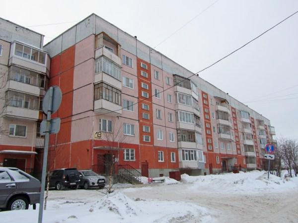 File:19 дом. Улица Лебедева, Северодвинск. Фото А ...