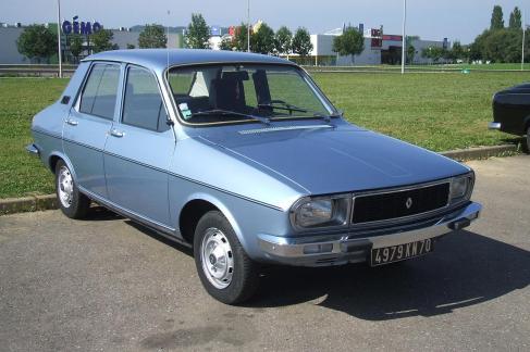 Renault 12 azul