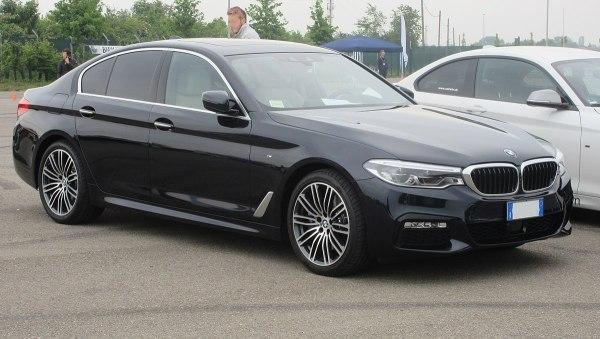 BMW 5 Series (G30) - Wikipedia