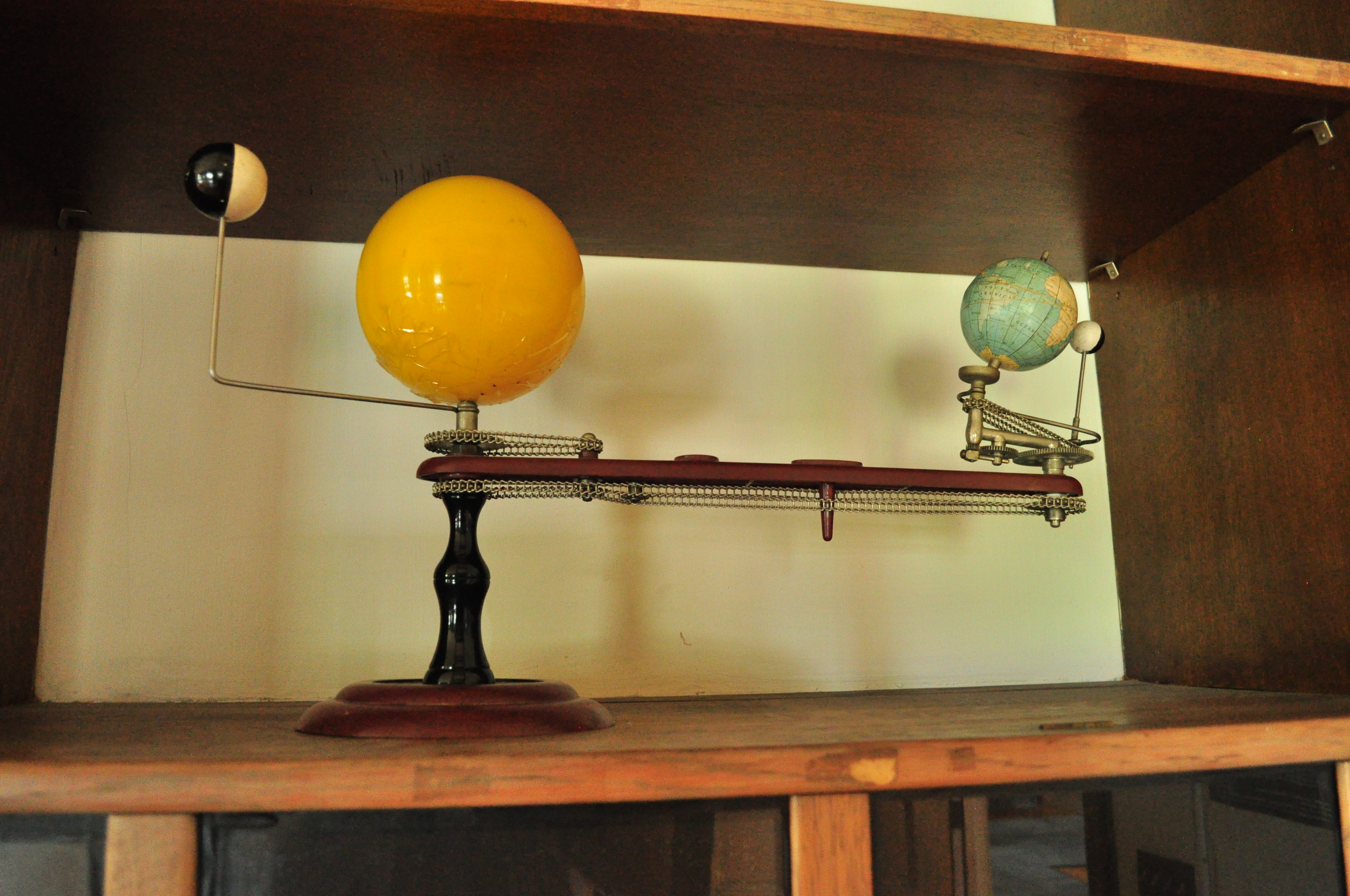 File Mechanical Model Of Earth Sun Moon And Inner Planet