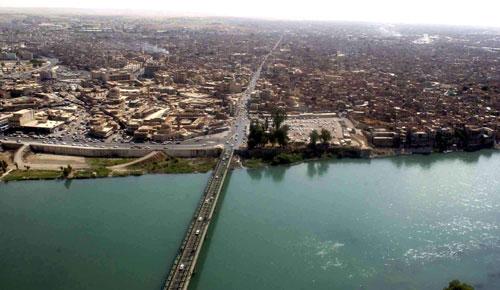 Tigris river Mosul.jpg