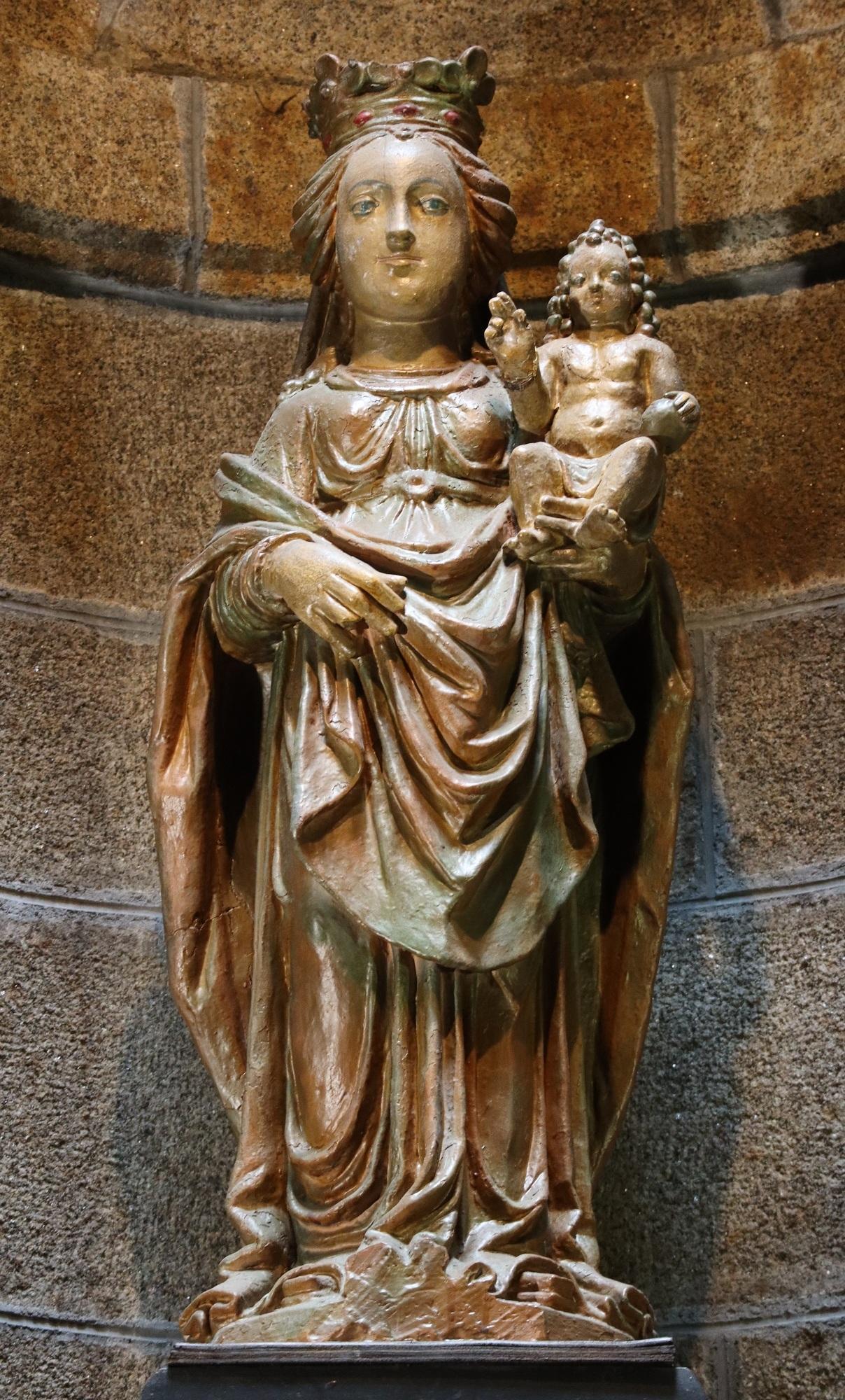 file fougeres 35 vierge a l enfant de l ancienne porte roger 04 jpg wikimedia commons