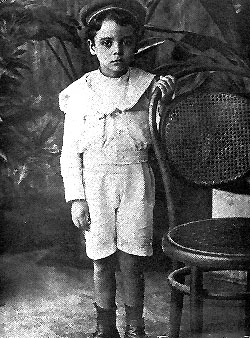 Rómulo Betancourt during his infancy.