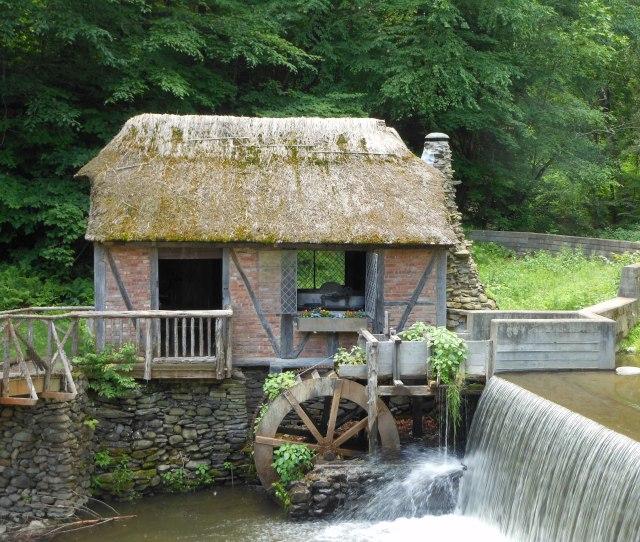 The Dard Hunter Mill