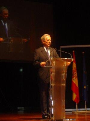 Acto fundacional UPD. Mario Vargas Llosa.