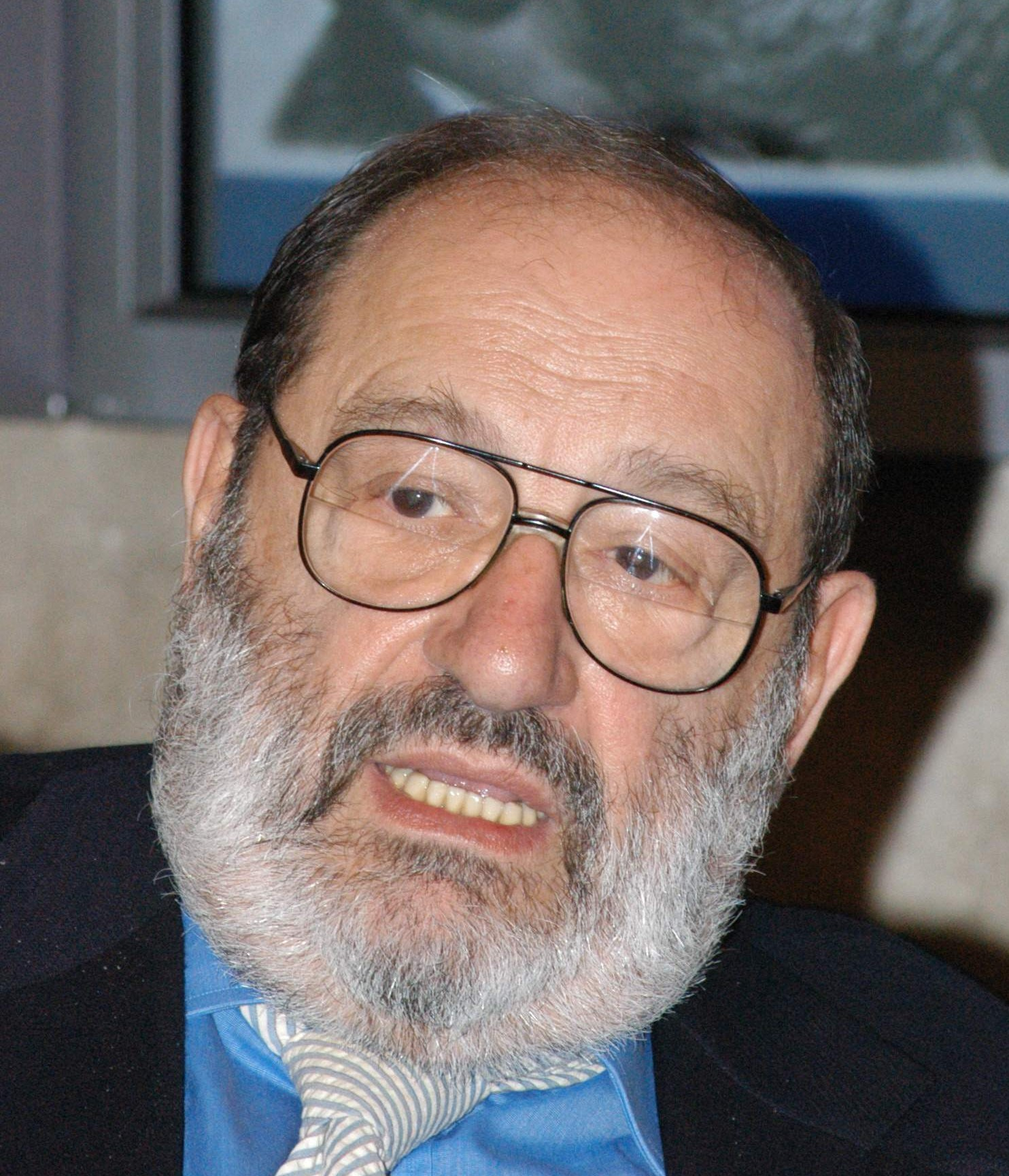 https://i1.wp.com/upload.wikimedia.org/wikipedia/commons/d/d2/Umberto_Eco_01.jpg