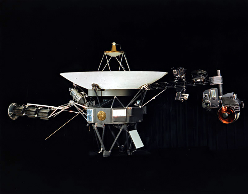 https://i1.wp.com/upload.wikimedia.org/wikipedia/commons/d/d2/Voyager.jpg