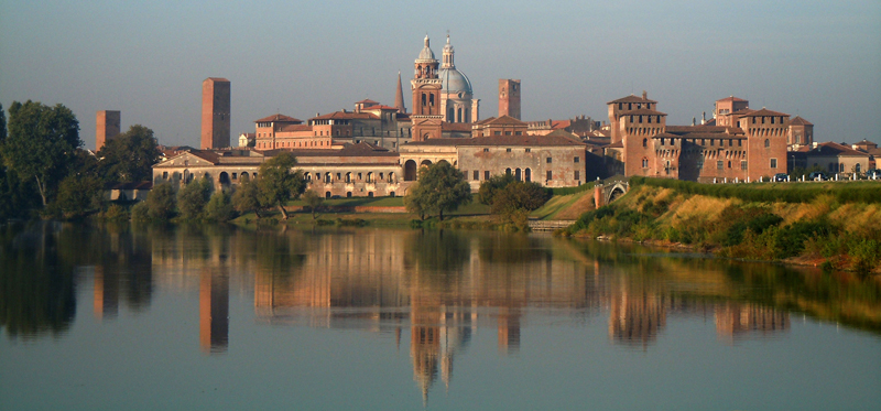 File:Mantova - Profilo di Mantova.jpg