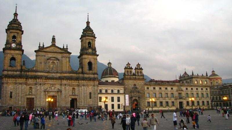 Fileplaza De Bolivar Bogota Colombia  Jpg