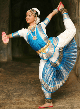 English: A dancer of Sri Devi Nrithyalaya perf...
